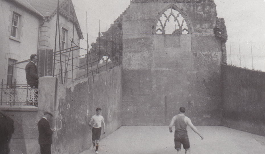 1969 Old Handball Abbey