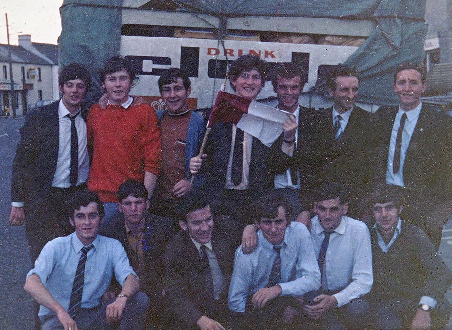 1970 Galway Minor Players and supporters2