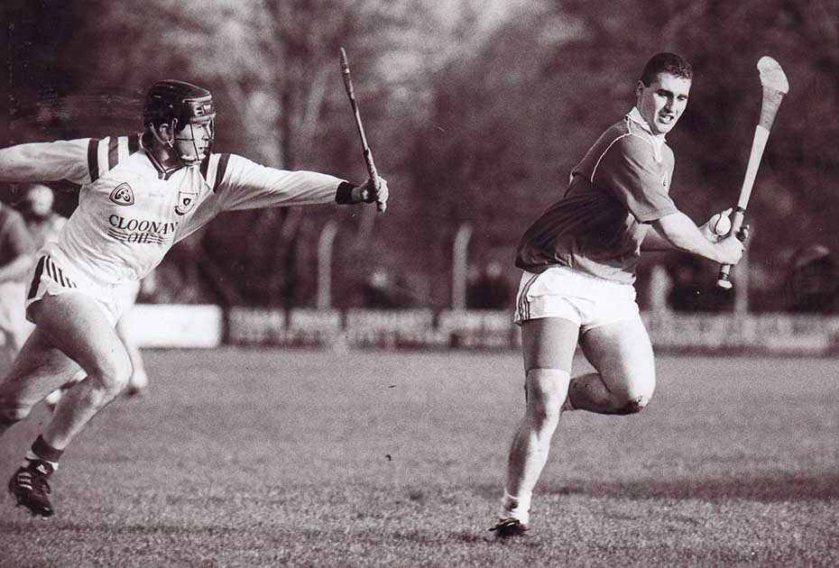 J1996 county senior final action2 1150